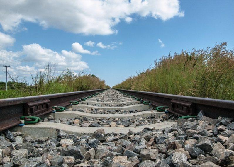 カンボジアの線路