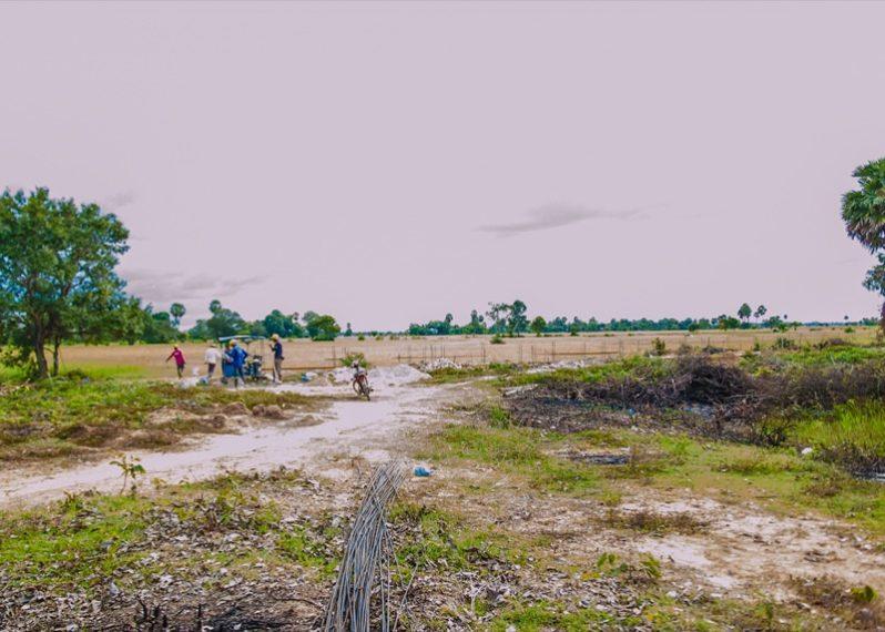 カンボジア小学校建設地9日目の様子