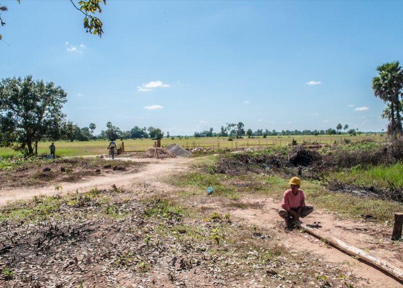 カンボジア小学校建設地の11日目の様子