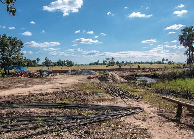 カンボジア小学校建設地16日目の様子