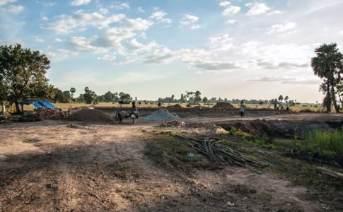 カンボジアの小学校建設地23日目の様子