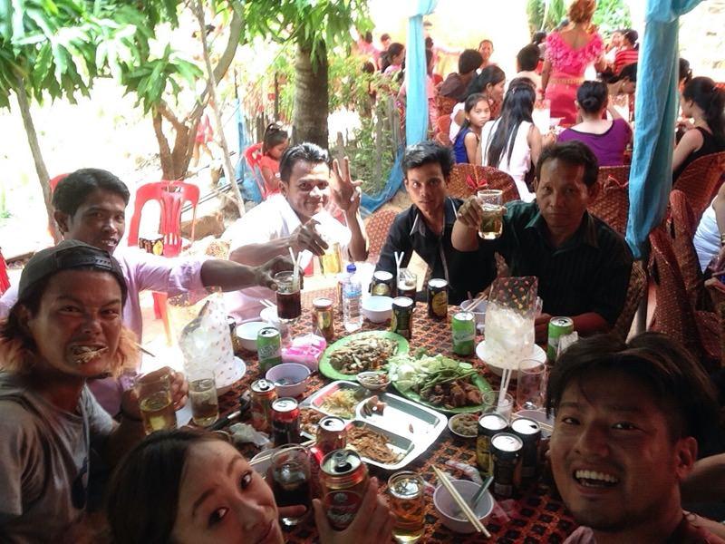 カンボジアの村の結婚式