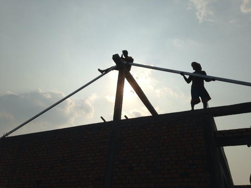 屋根の骨組みの取り付け