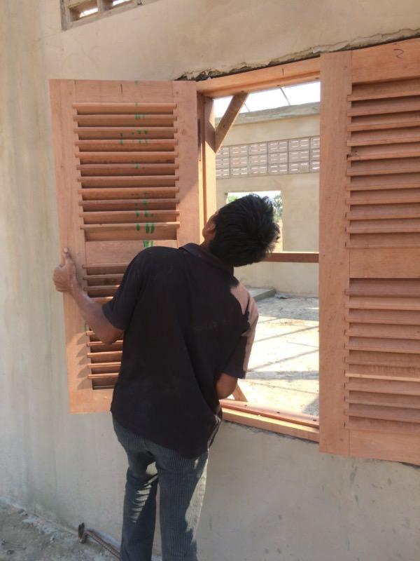 窓の取り付け