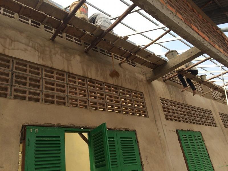 カンボジア人達の作業