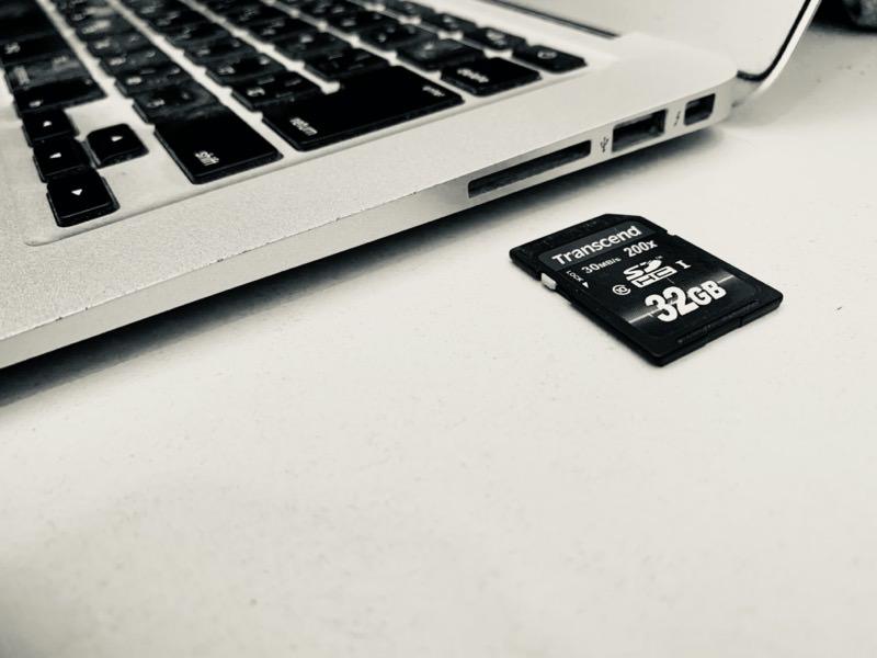 SDカードを認識しないMacBook Air