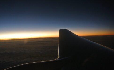 飛行機からの朝焼け