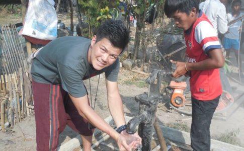 カンボジアで初めて井戸を掘った時
