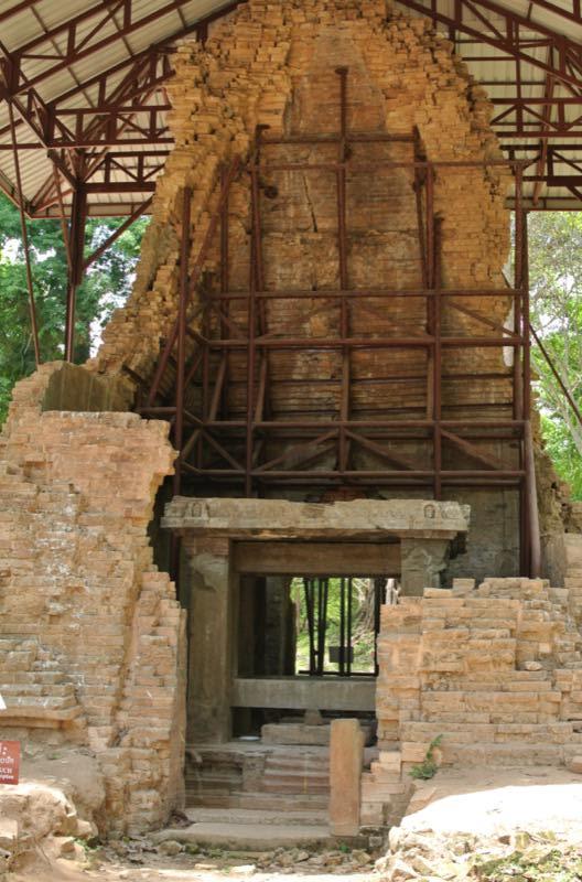 修復中の遺跡