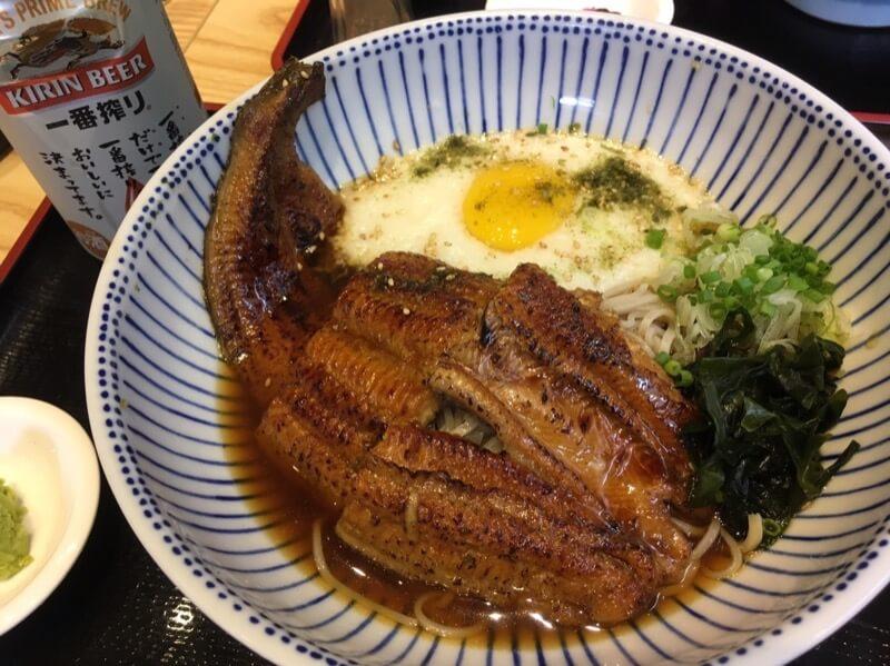 千代田のうなとろ蕎麦