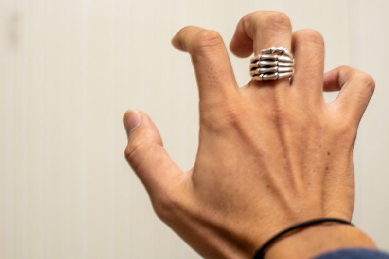 骸骨の指輪