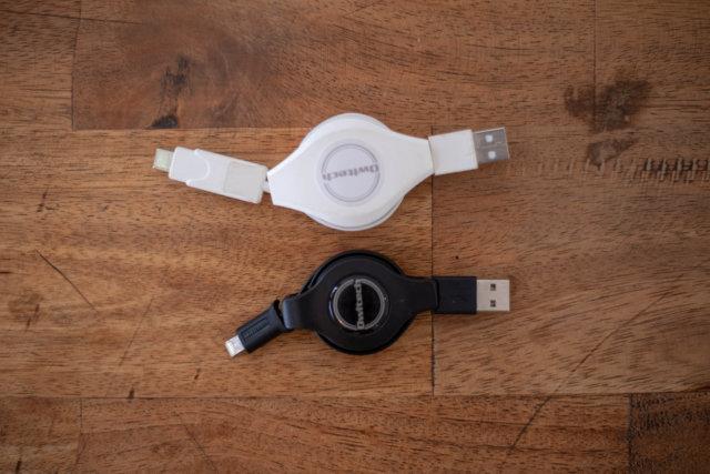 2種類の充電ケーブル