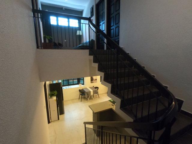 G Beach Villaの階段