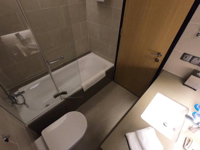 Hotel Jen Penangのバスルーム