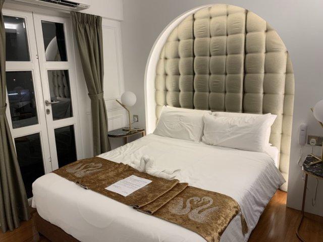 ホワイトマンションのベッド