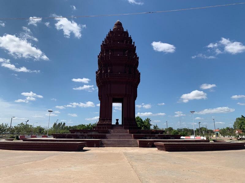 ソムロンの独立記念塔
