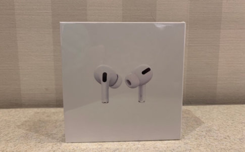 AirPods Proの箱