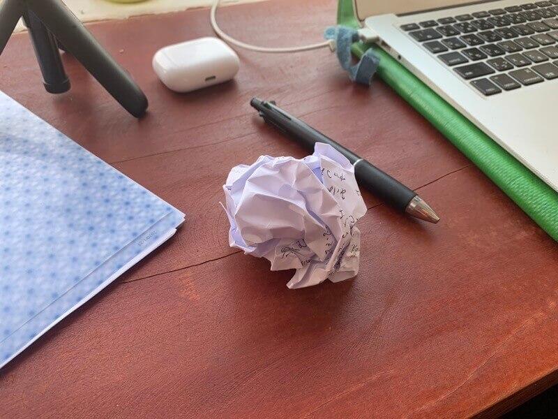 嫌なことは紙に書いて忘れる