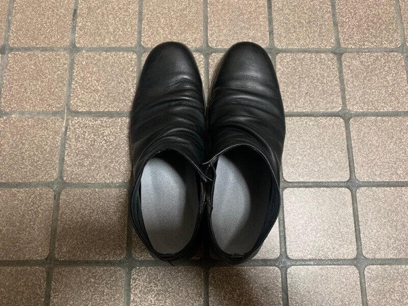 O.M.C TOKYOのインソールを入れた革靴