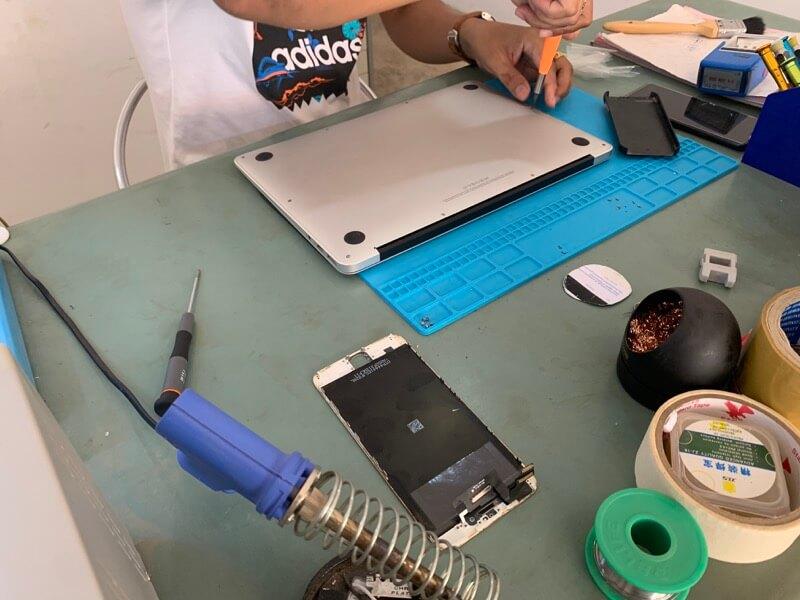 MacBook Airのバッテリー交換6