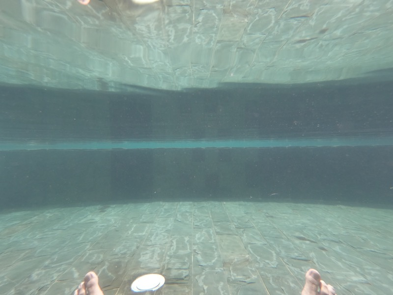 プールの透明度