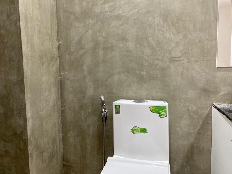改良前のトイレ