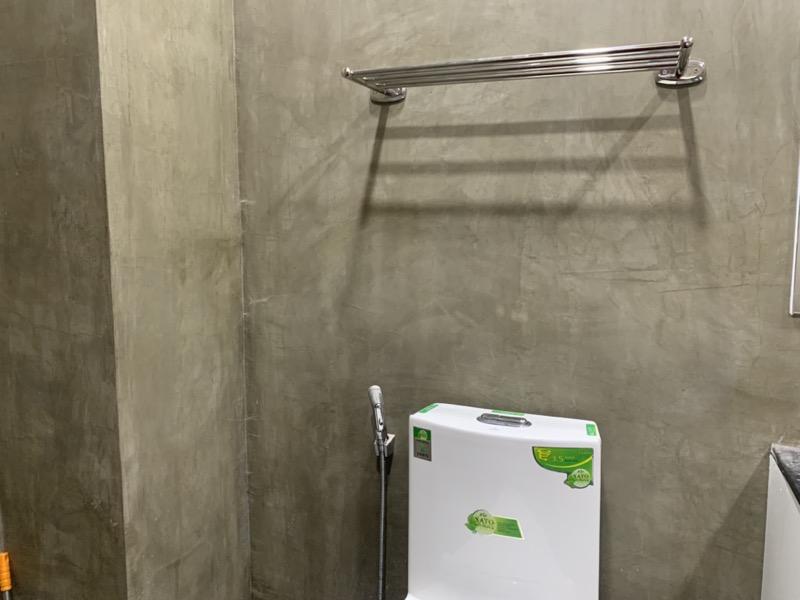 トイレの上の棚