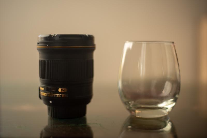 24mm単焦点のサイズ感
