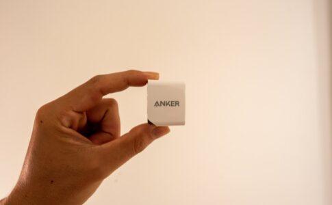 ANKER PowerPort Miniのサイズ感