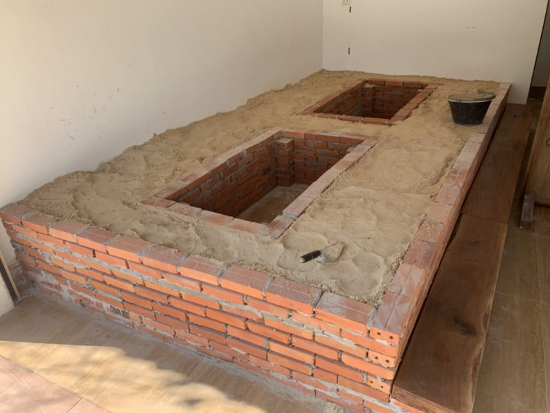 掘り炬燵の土台